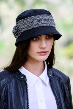 Black Kate Wax Hat Mucros Weavers