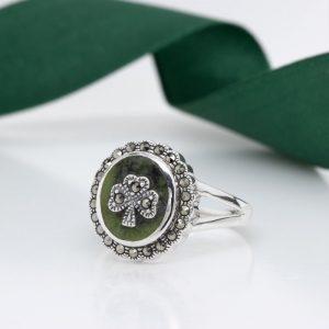 Solvar Connemara Marble Silver Shamrock Ring