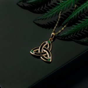 Solvar 14K Gold Diamond & Emerald Trinity Knot Pendant Necklace