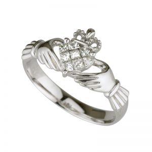 14K White Gold .35ct Diamond Claddagh Ring s2704