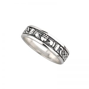 'Silver Ladies Claddagh Ring by Solvar s2829