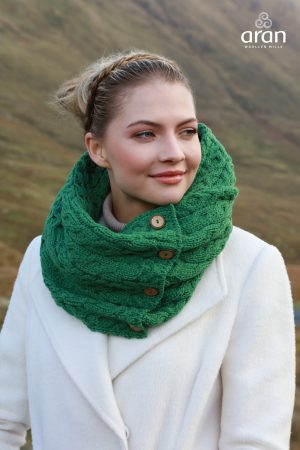 Aran Green Merino Wool Button Snood Scarf A518 257