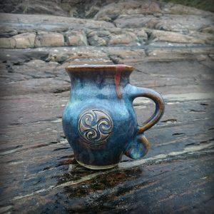 Colm De Ris Blue Round Mug a2