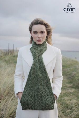 Aran Green Super Soft Scarf with Pockets