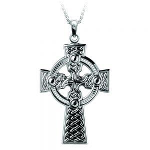Boru Medium Traditional Celtic Knot