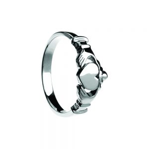 Boru Contemporary Flat Claddagh Ring