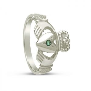 Boru Emerald Set Medium Claddagh Ring