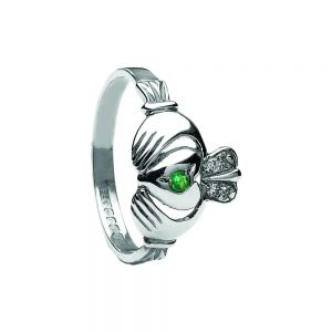Boru Diamond & Emerald Claddagh ring