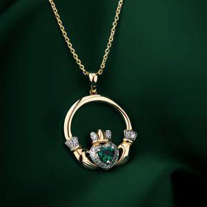 Solvar 14K Emerald & Diamond Claddagh Pendant