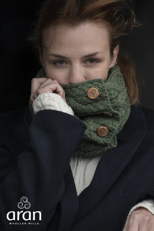 Green Super Soft Aran Button Snood