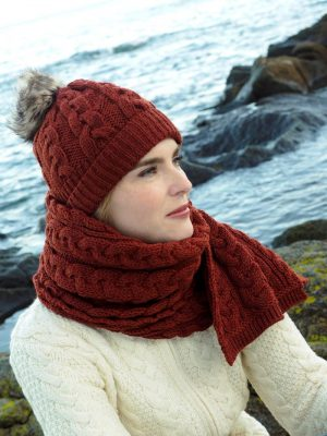 Aran Cable Knit Sienna Pom Pom Hat