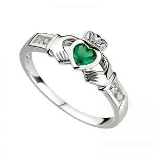 Solvar Sterling Silver Claddagh Emerald Ring S2594