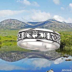 Solvar Gents Sterling Silver Oxidised Claddagh Ring S2828